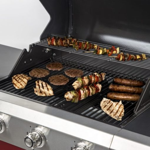 Cooking area on the Dyna Glo 3 Burner Red LP Gas Grill - DGG424RNP-D