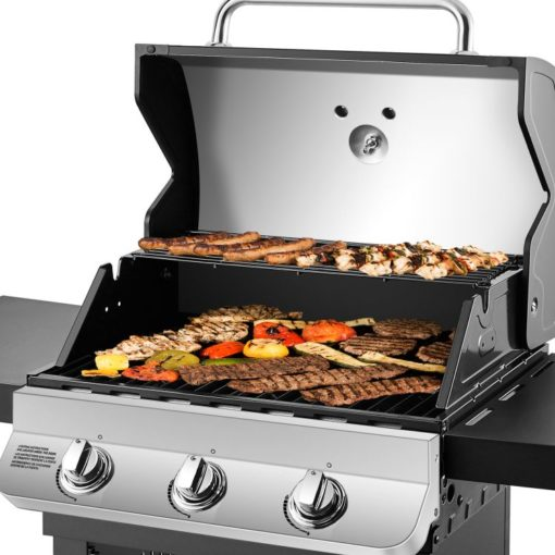 Cooking on the Dyna-Glo Premier 3 Burner Natural Gas Grill - DGP397SNN-D